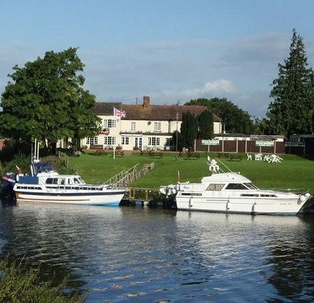 Moorings - The Yew Tree at Chaceley